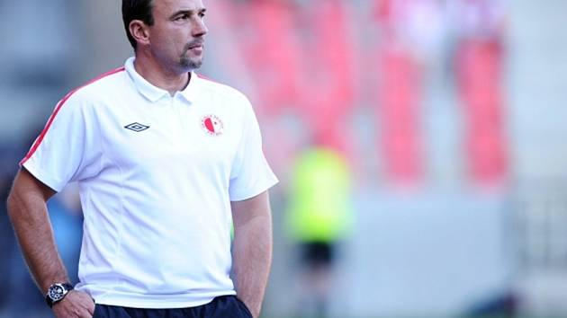 Trenér fotbalistů Slavie Michal Petrouš.