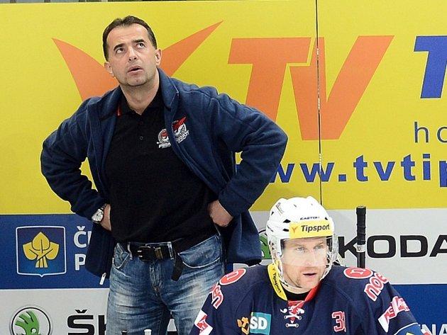 Trenér Chomutova Josef Turek.