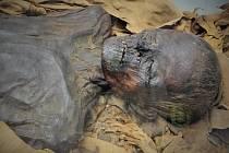 Mumie starověkého Egypťana z Britského muzea. Ilustrační snímek