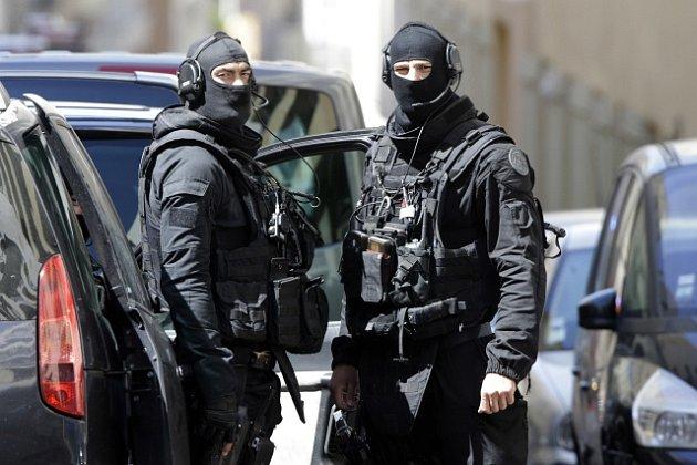 Francouzská policie zadržela v Marseilles muže plánující teroristický útok.
