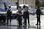 Incident v Paříži u katedrály Notre Dame