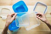 Některé plasty neodolají vyšším teplotám