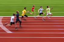 Sportující děti, běh, atletika - ilustrační foto