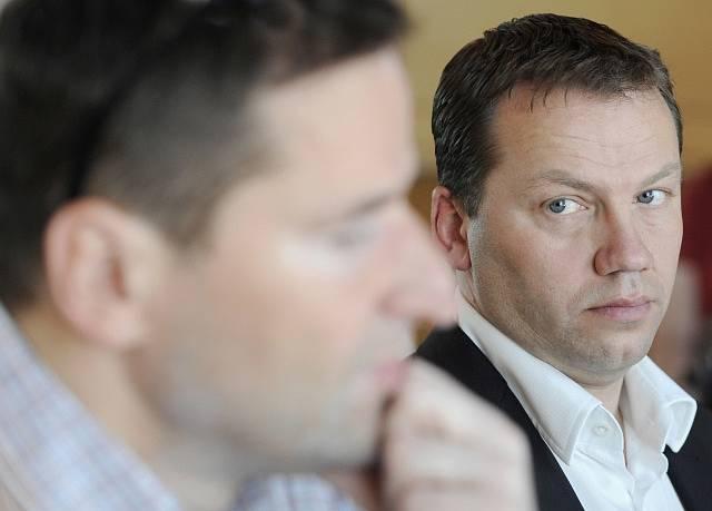 Jiří Ponikelský (vpravo).
