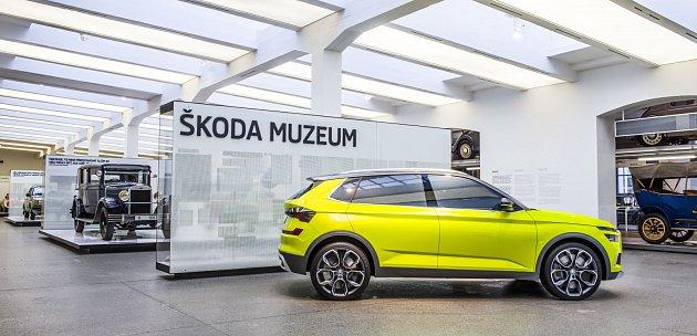 Škoda Vision X vystavená vmuzeu vMladé Boleslavi.