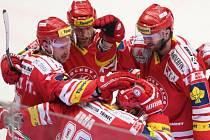 Druhé semifinále Třinec - Sparta: Radost domácích hokejistů