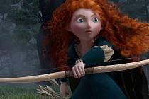 REBELKA. Animovaný snímek z Pixaru těží ze skotských legend, humorných příběhů tradice známého studia i brilantní animace a hudby.