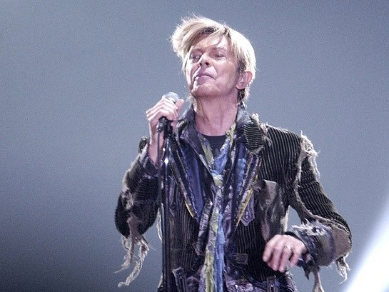 Britský zpěvák David Bowie vystoupil 23. června v hale na pražském Výstavišti.