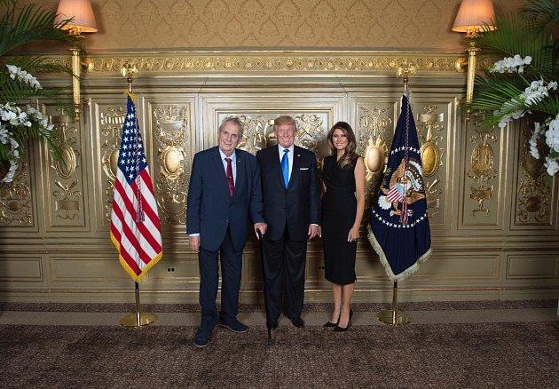 Miloš Zeman, Donald Trump a Melania Trumpová na prvním společném snímku