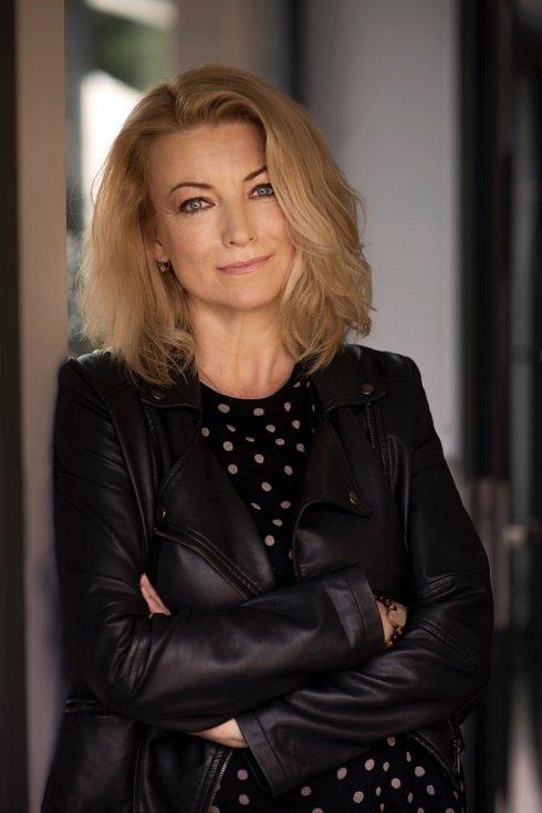 Eva Vejmělková se současné době věnuje hlavně psychoterapii.