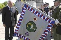 Prezident Václav Klaus se 8. května v Praze na Vítkově zúčastnil pietního aktu a slavnostního shromáždění při příležitosti 66. výročí ukončení 2. světové války.