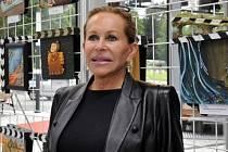 Umělecká maskérka hollywoodských hvězd Ilona Hermanová je jedním z hostů 54. ročníku filmového festivalu pro děti a mládež, který pokračoval 1. června ve Zlíně.