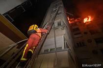 Požár obytného domu v centru Paříže