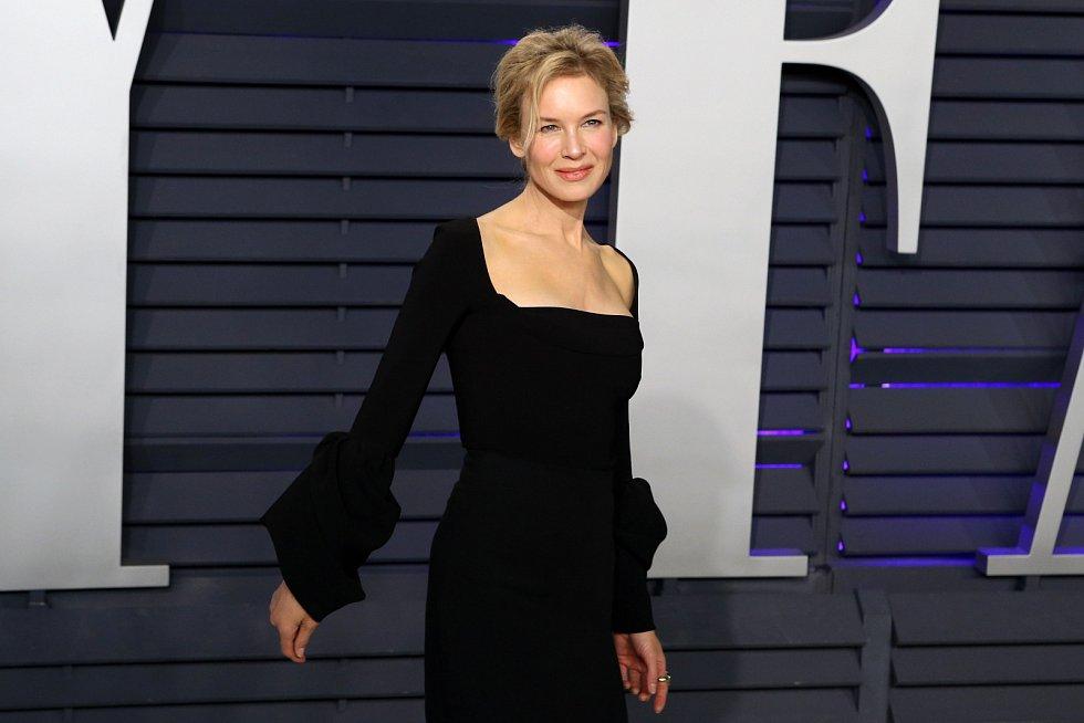 Renée Zellwegerová zmizela zhruba na deset let z červených koberců.