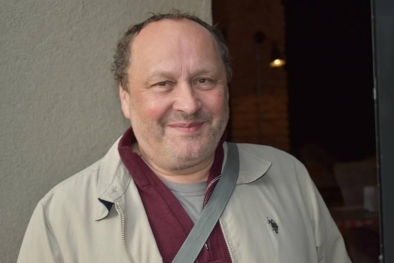 Galerista Jiří Jaskmanický považuje Milana Junka za osobitého autora