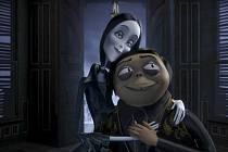 Addamsova rodina je zpět. Vanimovaném kabátě