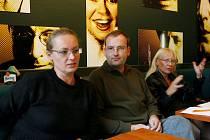 Žádné spory. Zuzana Slavíková, Ladislav Stýblo a Kateřina Macháčková.
