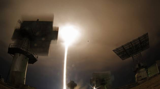 Do problémů se dnes krátce po startu dostala ruská nákladní kosmická loď Progress, která odstartovala z Bajkonuru k Mezinárodní vesmírné stanici (ISS).