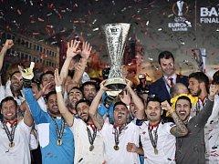 Fotbalisté Sevilly potřetí za sebou vyhráli Evropskou ligu.