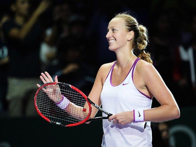 Petra Kvitová se raduje z postupu do finále Turnaje mistryň.