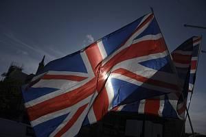 Vlajky Velké Británie - ilustrační foto