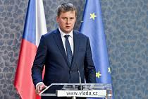 Ministr zahraničí Tomáš Petříček (ČSSD).