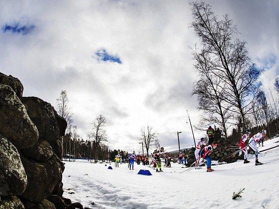 Běžce na lyžích a jejich servismany trápí na MS počasí