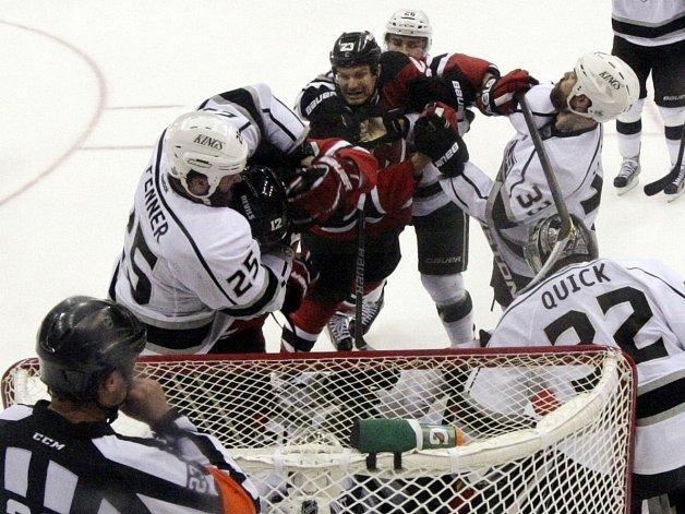 Hokejisté New Jersey vybojovali v NHL šestý duel.