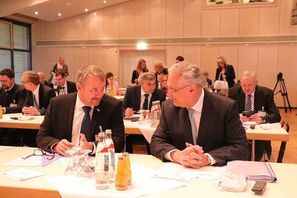 Ministr dopravy Dan Ťok se svým bavorským protějškem Joachimem Herrmannem