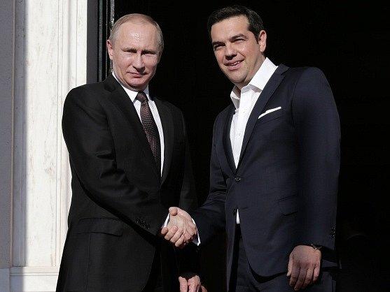Ruský prezident Vladimir Putin a řecký premiér Alexis Tsipras dnes uzavřeli v Aténách sérii dohod o vzájemné spolupráci.