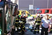 Při dopravní nehodě trolejbusu v Českých Budějovicích bylo 24. června 2019 zraněno osm lidí. Havárie se stala v ulici Antonína Barcala