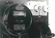 Starý mincovní elektroměr