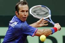 Radek Štěpánek ve čtvrtfinále Davis Cupu proti Srbsku.