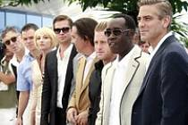 Cannes: Herci z filmu Dannyho parťáci pózují novinářům