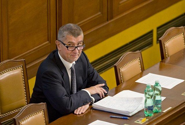 Andrej Babiš na mimořádné schůzi Poslanecké sněmovny svolané k jeho údajnému zneužívání médií a dalších institucí.