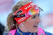 Náročnější podmínky jí vyhovují. Biatlonistka Gabriela Soukalová skončila v chumelenici ve stíhacím závodě v Novém Městě na Moravě pátá.