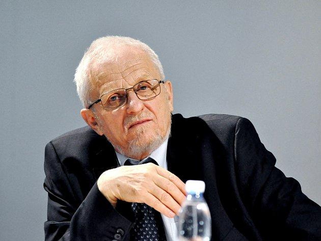 Bohumil Doležal z Klubu na obranu demokracie.