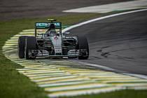 Nico Rosberg kraloval kvalifikaci na Velkou cenu Brazílie.