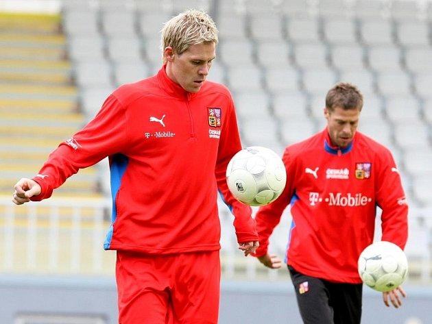 Český fotbalový reprezentant Tomáš Hübschmann (vlevo).