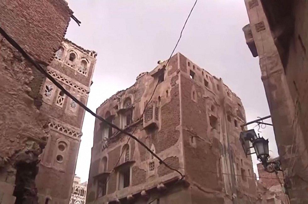 Povodně jsou v tomto období v Jemenu běžné, jejich letošní dopad je však ničivější než kdykoli dříve