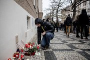 Lidé si přípomínali 17. listopadu v centru Prahy 28. výročí sametové revoluce a následný pád komunismu.