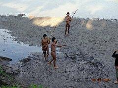 Jihoameričtí domorodci používají kurare k lovu, ilustrační foto