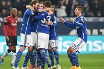Schalke se raduje z gólu do sítě Hannoveru