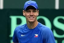 Tomáš Berdych v Davis Cupu proti Itálii.