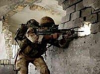 Britští vojáci možná už za šest měsíců dostanou nový kus výzbroje: příručního překladatele.