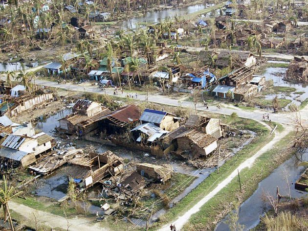 Barma byla cyklonem těžce zasažena.
