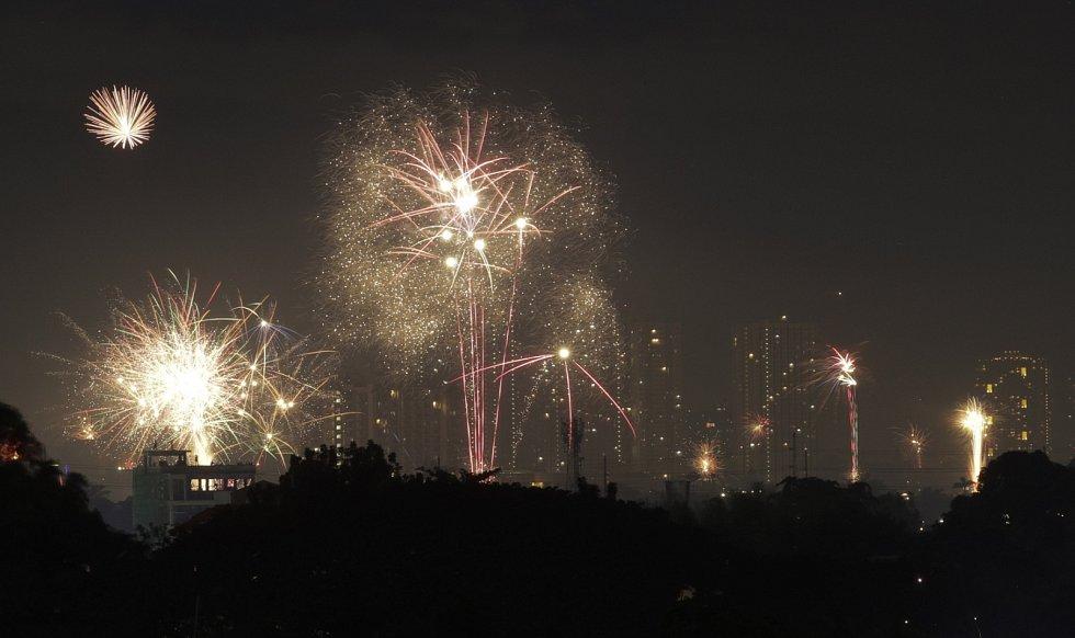 Novoroční ohňostroj přichystali také ve filipínské Manile