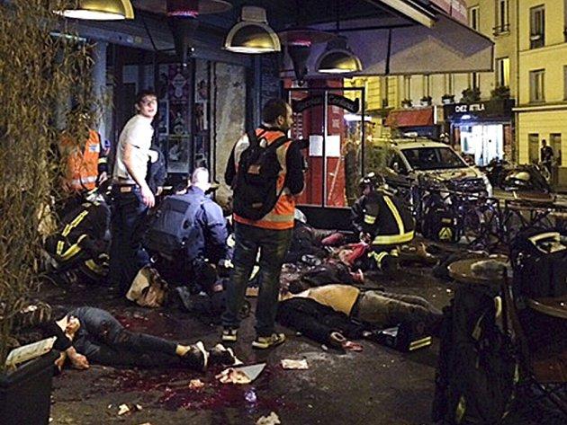 Německá policie týden před útokem v Paříži zadržela muže, který údajně měl kontakt na atentátníky. O zadržení prý informovala francouzské úřady.
