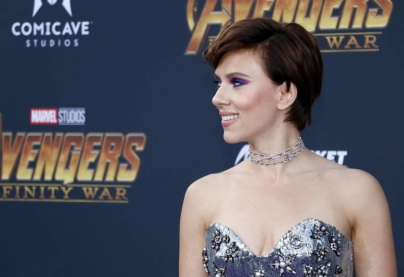 Scartett Johanssonová jako hvězda Avengers, kde ztvárnila Black Widow.