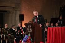 Předávání státních vyznamenání na Pražském hradě. Prezident Miloš Zeman během svého projevu.